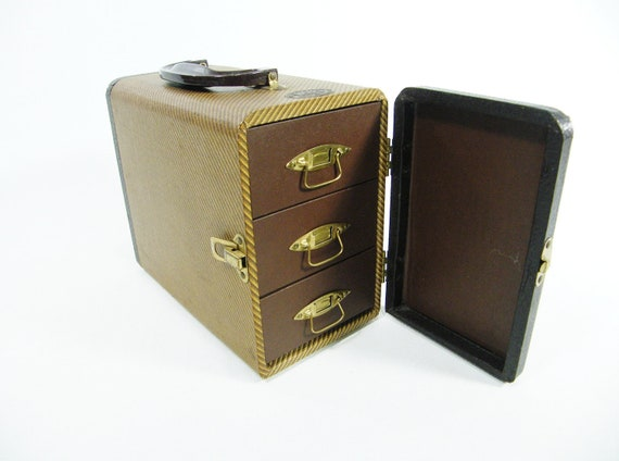 1950s Vintage Carry Case
