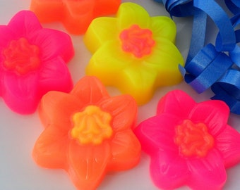 10 HIBISCUS FLOWER SOAP Favors - Hibiscus Party Favor, Hawaiian Birthday Party - Luau Baby Shower - Tropical, Beach