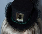 Cunene Victorian Steampunk black and green Beetle Scarab Mini top hat