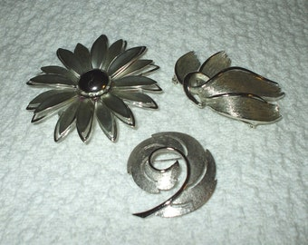 Three Silvertone Brooches Pins Vintage 1950's Silver Tone Usner etc. Costume