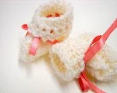 Crochet Baby Booties - Newborn Booties - by Stitchknit