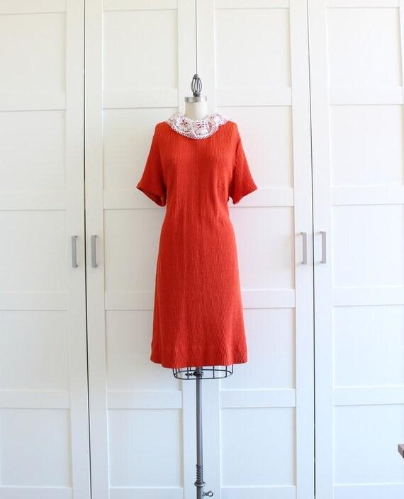 SALE - Vintage Dress / White Lace Collar Dress / Orange 60s Mod Dress / Womens Plus Size Dress / size XL Plus Size