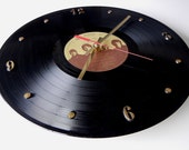 THE BEATLES Vinyl Record Wall Clock (Love Songs)
