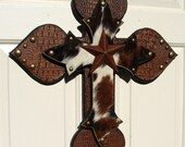 DC004D Western Cowhide Stacked Cross