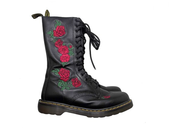 Reserved  s grunge embroidered roses and black