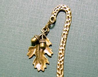 Oak leaf & acorns bookmark