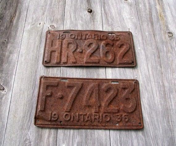 Vintage Licence Plates / Ontario 1930s / Rusty Antique Car Plates / Set of 2 / Industrial / Car Memorabilia