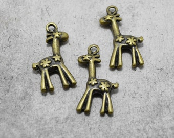 4pcs of Antique Bronze Double-sided Flower Giraffe Charms Pendants Drops Q04-Rd