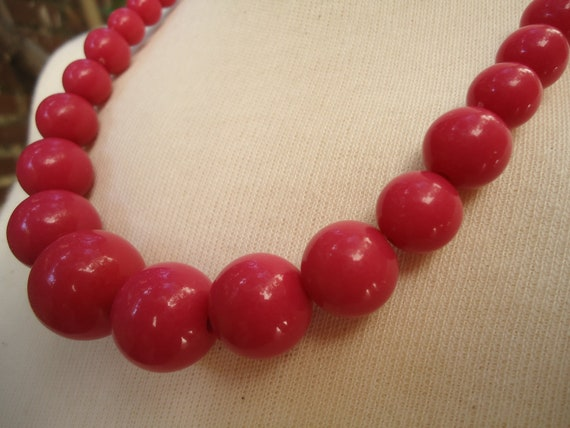 Japanese Kawaii Necklace.80s. In a sweet Pink