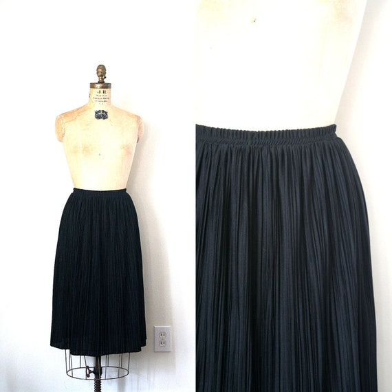 vintage pleated skirt CRYSTAL PLEATS knee length BLACK polyester 1980's chic