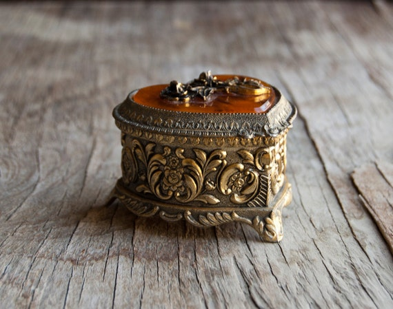 Vintage Jewelry Box - Gold Heart with Flowers - Victorian