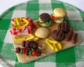 Barbecue board - 1/12 scale miniature -  dollhouse