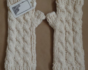 Organic Cotton Cable Fingerless Mittens