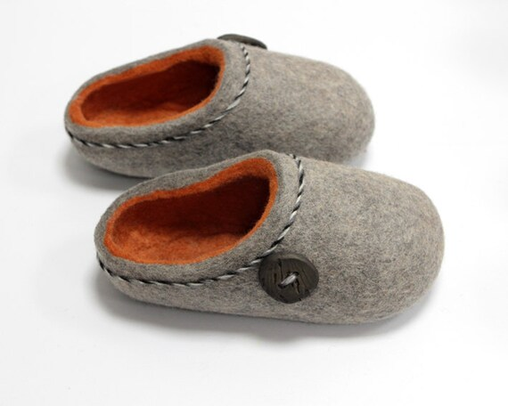 Hand Felted Slippers in Gray with Orange inside. MAde to order.