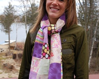 Fashionable Quilted Scarf - Plum