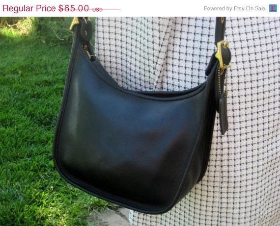 HOLD Chaama5   10/1  COACH Black  9950 Janice Legacy Messenger Bag Shoulder Bag Leather Bag