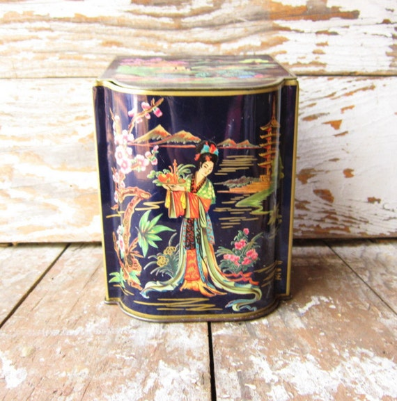 Vintage Daher Tin  Made in England