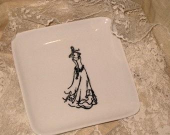 French Style Hand Designed Trinket Soap Dish with Wedding Dress Bride ECS