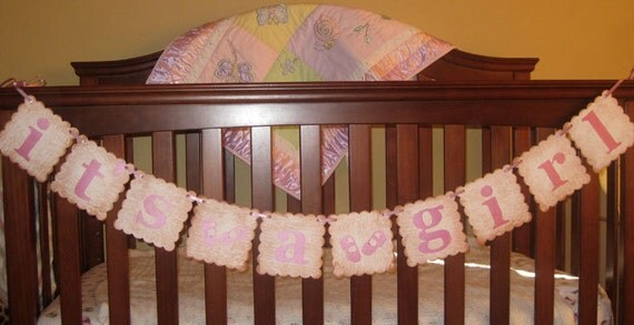 It's a  Girl Scalloped Banner Garland Vintage Sign New Born Baby Girl Announcement for Baby Showers