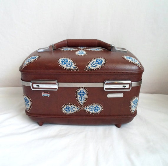 Brown and Blue Paisley Train Case with Mirror & Tray