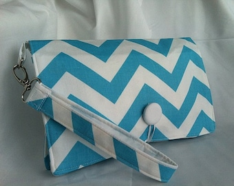 Diaper Wipe Clutch WRISTLET - Chevron- ZigZag  Organize your Diaper Bag