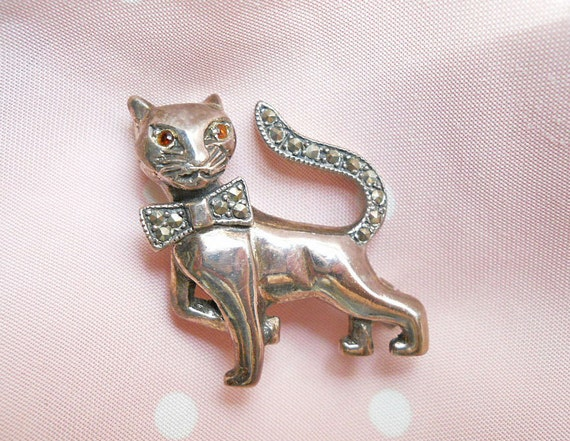 Vintage Mexican Silver Cat Brooch - 1950s 925 Silver Pin - Marcasites