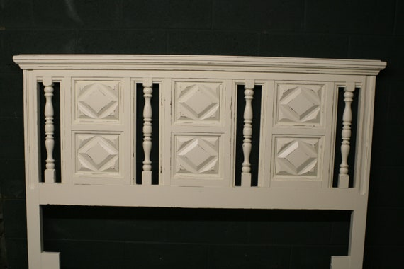 Full/Queen Panel Headboard in Veranda Ivory
