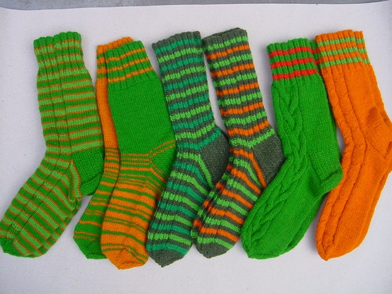 Reserved 27 cm / 10,6 inches - Woolen Hand Knitted Socks - US Men 9 - 10 Women 10,5 - 12 / EU 43 - 44