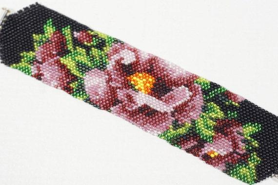 seed bead bracelet, Flower Beadwork Bracelet, Peyote Stitch, Beadweaving Bracelet