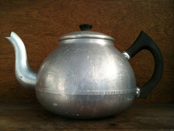Vintage English Swan Carlton metal tea pot kettle circa 1950's / English Shop