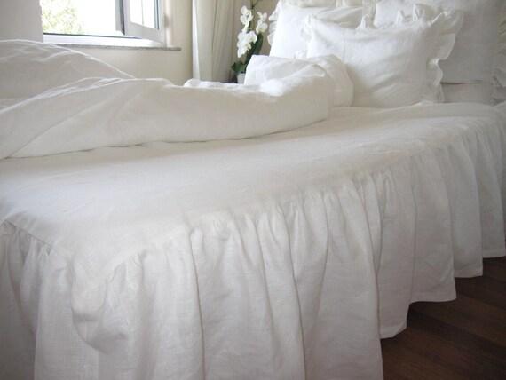 propagation jupe de drap blanc ou ivoire linge de par nurdanceyiz. Black Bedroom Furniture Sets. Home Design Ideas