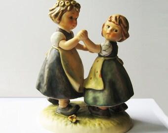 Hummel figurine 353/I Spring Dance TMK 6