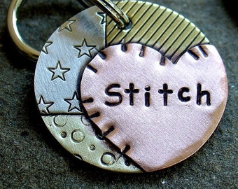 Stitch-dog id tag with a quilting theme