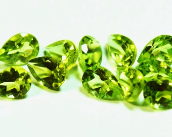 SALE 11 PERIDOT 4.5cts total  all 6 by 4mm