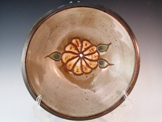 Bowl With Flower And Leaves Carved In Center
