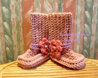 Buggs - Crochet Baby Booties in Soft Pink with Pink/Lilac  w / Detachable Flowers