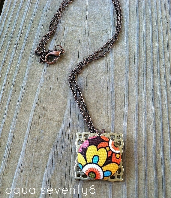 CLEARANCE: Floral Fabric Button Pendant Necklace