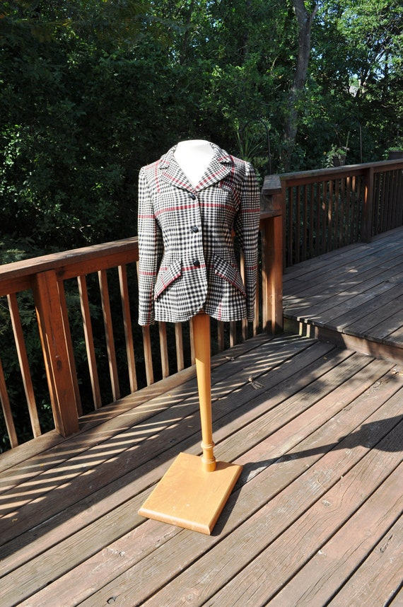 Vintage Women's Pendleton Blazer Red, Black, White Plaid Coat Size 10