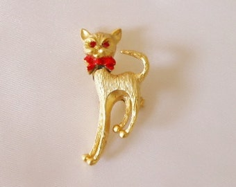 Red Ruby Eye Gold Plated Cat Brooch Pin w/ Movable Head -- Never Worn - Excellent Condition