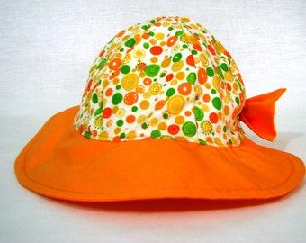 Hat w/ bow - Newborn - Orange Dots - Girls