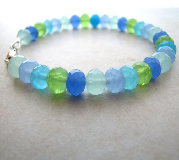 Chalcedony Bracelet Quartz Gemstone Beaded Ocean Colors Pastel BellinaCreations Bellina Creation