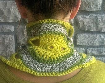 Green Crochet Wool Neckwarmer / Freeform Collar / neck warmer, cowl, scarflette, OOAK neckwarmer