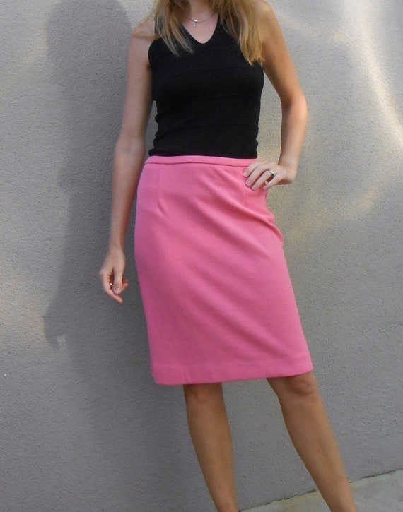 vintage 70s hot bubble gum pink knit pencil skirt / womens small