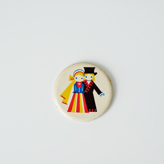 Vintage Pin Button - Man and Woman in Folk Costume - Soviet Pin-back Button