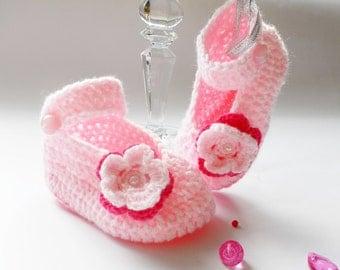 Crochet baby booties, crochet baby shoes, pink baby booties, baby slippers,baby girl gift