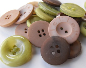 25 Deep Forest Large Buttons Assorted Round Crafting Sewing Buttons