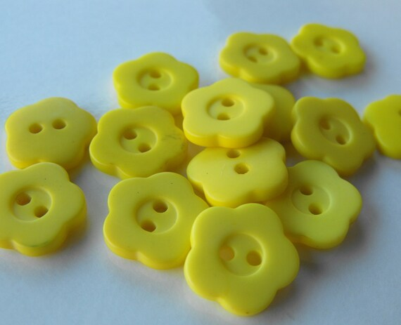 32 lemon yellow flower buttons by ajstuff on etsy for Lemon button