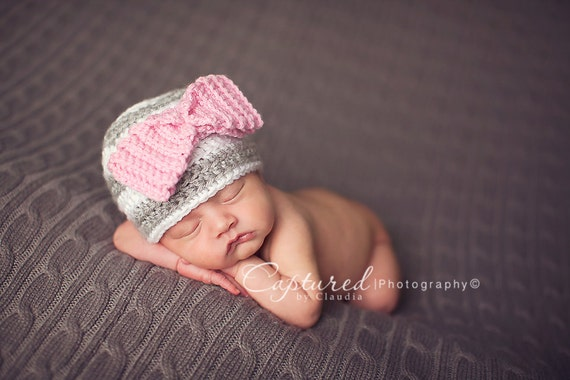 CLOSEOUT- 6-12 MONTHS White and Grey Striped Crocheted Beanie with Light Pink Bow