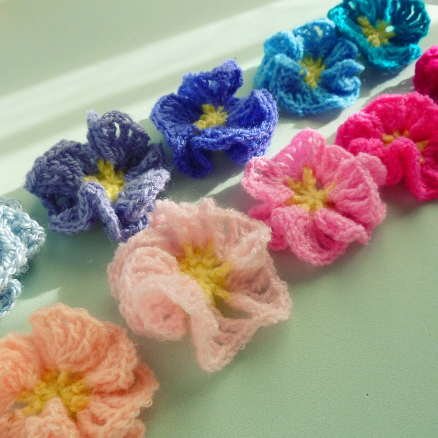 How To Crochet Beginner Patterns : Items similar to Crochet Pattern Flower Amelie - Easy ...