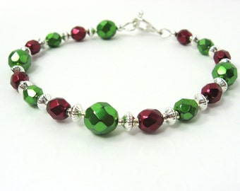 Christmas Bracelet, Red Green and Silver Beaded Bracelet, Traditional Holiday Colors Winter Fashion Bracelet, Bead Bracelet, Holiday Jewelry